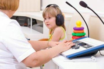 Mikor van szükség hallókészülékre?