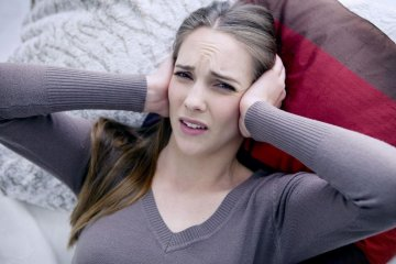 Fülgyulladás tünetei felnőtteknél