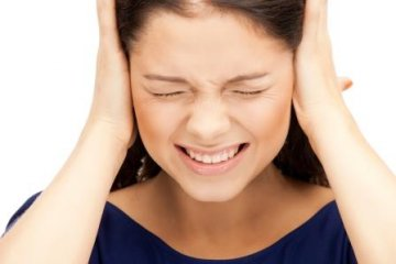 A hallása bánhatja a túl zajos ünneplést