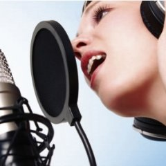 Óvja hangszalagjait hangterápiával!