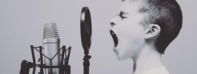 A mutálás zavara miatt a gyermek elszigetelődhet