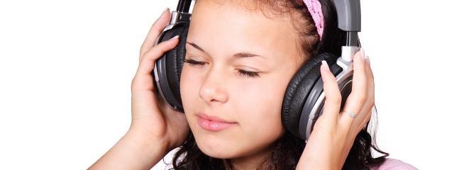 """Mire felnő a """"fülhallgatós generáció"""", megduplázódik a halláskárosultak száma"""