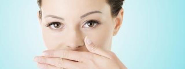 Mandulakő is okozhat rossz szájszagot