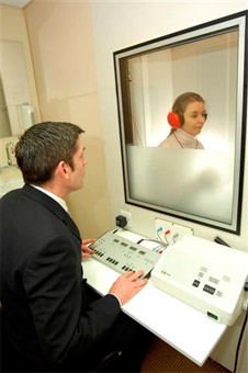 Audiometria, hallásvizsgálat, Fül-orr-gége Központ